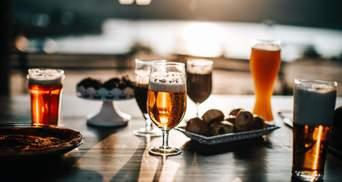 Закуски к пиву со всего мира: от баварских колбасок до десертов