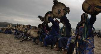 За гасіння пожеж в Сибіру взялися шамани: курйозне відео