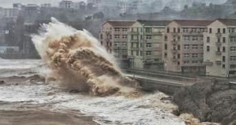 Тайфун, злива та торнадо: у світі вирує смертельна негода