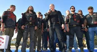 Еще правит, но уже не управляет, или Бегство Путина от протестов в Москве