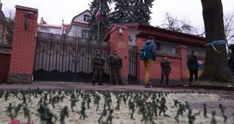 Шпионско-дипломатический скандал: Украина и Россия выслали сотрудников генконсульств