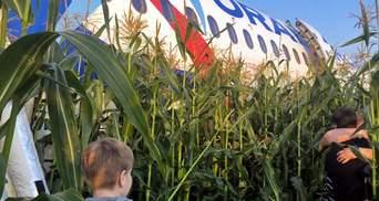 Пассажиры рассказали, как садился самолет в Подмосковье