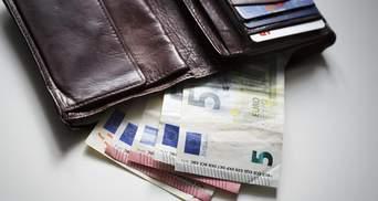 Наличный курс валют 19 августа: евро продолжает дешеветь
