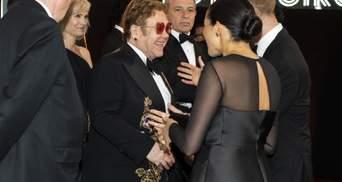 Элтон Джон вступился за Меган Маркл и рассказал, кто на самом деле оплатил ее отдых в Ницце