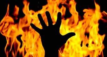 Нова смертельна гра #Firechallenge в Україні: у Черкасах хлопчик підпалив 11-річну сестру
