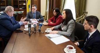 Офис Президента рассекретил данные НКВД о депортации крымских татар