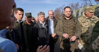 Розведення військ: посли яких чотирьох країн перевірили українські позиції