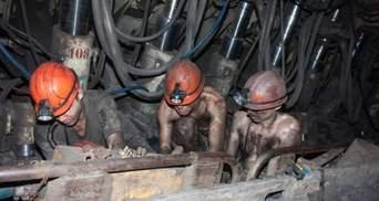 На Луганщине шахтеры вторые сутки протестуют под землей