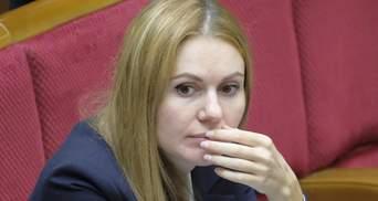 """Скандал в """"Слуге народа"""": Скороход заявляет о задержании ее мужа из-за голосования"""