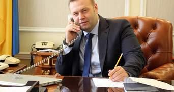 Семья и елки: министр энергетики Оржель рассказал о хобби