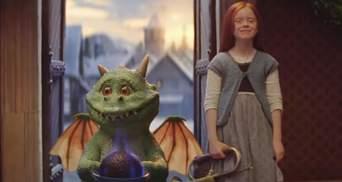 Пригоди маленького дракона і рудої дівчинки: мережу зворушило різдвяне відео