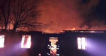 У військовій частині на Львівщині сталася пожежа, загинув офіцер: фото