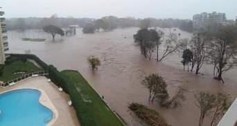 """Объявлен """"красный"""" уровень опасности во Франции: шокирующие фото и видео потопа"""