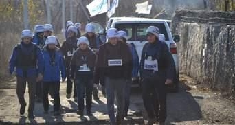 Місія ОБСЄ верифікувала розведення військ у Золотому: відео
