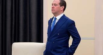 Был обычным ребенком, читал с двух лет: Медведев поразил курьезным заявлением