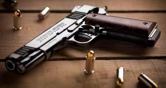 Кому дарує зброю Міноборони, МВС та СБУ: недоброчесний суддя приховав повний список