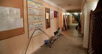 Студенты в Черновцах живут в полуразвалившемся общежитии: видео
