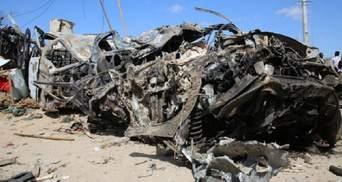 Взрыв в Сомали: по меньшей мере 20 погибших - фото, видео