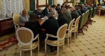 Из-за авиакатастрофы в Иране Зеленский провел ночное совещание: результаты