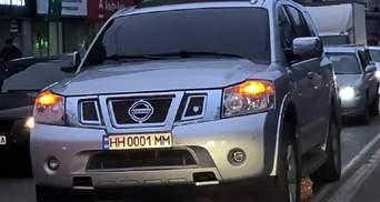 В Україні введуть нові стандарти для автомобільних номерів