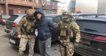 Вбивство Аміни Окуєвої: суд взяв під варту ще одного підозрюваного із групи Редькіна
