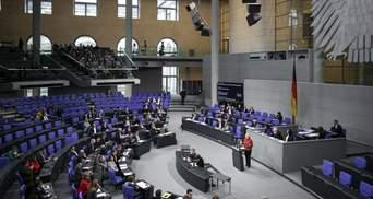 450 – не предел: сколько депутатов работают в парламентах Европы