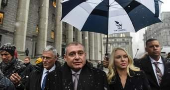 Насиров дал 10 миллионов для бизнес-проекта Парнаса, – WSJ