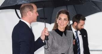В роскошном твидовом платье Кейт Миддлтон пришла на траурную церемонию