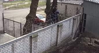 Чорновол поскандалила в ГБР: попала она туда через забор с колючей проволокой – видео