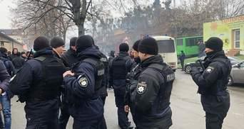 Полиция устроила облаву возле мечети в Киеве: украинские мусульмане возмущены – фото