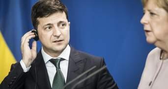 Зеленский поговорил с Меркель: среди тем – разведение сил на Донбассе и нормандская встреча