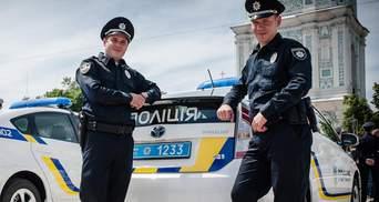 Увага! Спецсигнал: поліцейські перевірили, чи пропускають водії службові машини у Києві