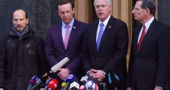 Американські сенатори запевнили Зеленського у двопартійній підтримці України: відео