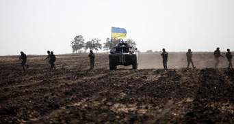 Нужно ли Украине продолжать разведение после боя возле Золотого: мнение Данилова