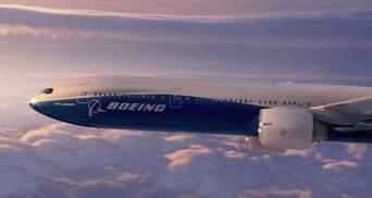 У Boeing во время полета треснуло лобовое стекло: самолет возвращается в Москву