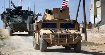 """В Іраку ракетами """"Катюша"""" обстріляли військовий табір США: відео"""