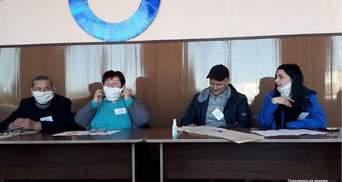 Паніка через коронавірус: що відомо про порушення на виборах у 179 окрузі