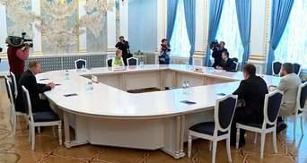 Вирішальний Мінськ: відповідь на сім важливих питань про консультативну раду