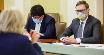 В'язні можуть шити маски: в ОП обговорили загрозу COVID-19 у в'язницях та СІЗО