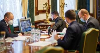 В Офисе президента обсуждали введение чрезвычайного положения
