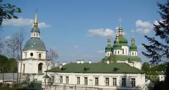 У Видубицькому монастирі роблять захисні екрани для лікарів: відео
