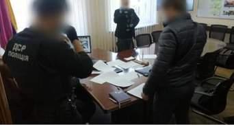 Мера Покрова затримали за розкрадання 1,3 мільйона гривень: фото