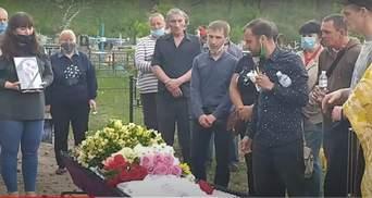 Жестокое убийство 13-летней девочки под Харьковом: отец рассказал о странностях матери погибшей