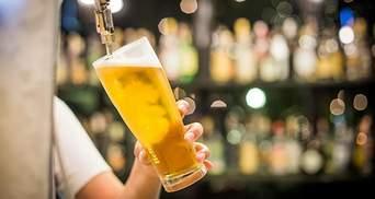 Быстро портится: во Франции выльют 10 миллионов литров пива из-за карантина
