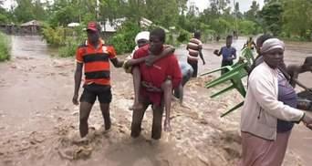 Потужна повінь спустошує східну Африку: загинули вже понад 260 людей – відео