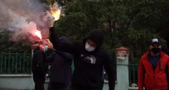 """""""Взрыв"""" возле офиса Медведчука: данные полиции, """"Накорпуса"""" и ОПЗЖ существенно разнятся"""