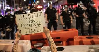Дочь мэра Нью-Йорка арестовали за участие в массовых протестах