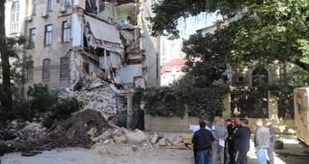 Чули тріск і скаржилися на тріщини: мешканці розповіли деталі обвалу будинку в Одесі