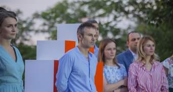 """Вакарчук іде через конфлікт з """"Голосом"""" щодо відставки Авакова, – Лещенко"""