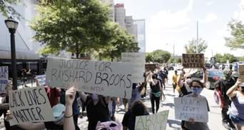 Полиция в США снова убила афроамериканца: люди вышли на протесты – видео 18+